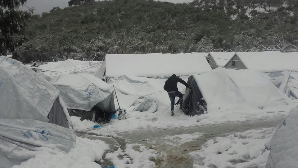 Ola de frío en Grecia: Colabora en ayuda a los refugiados